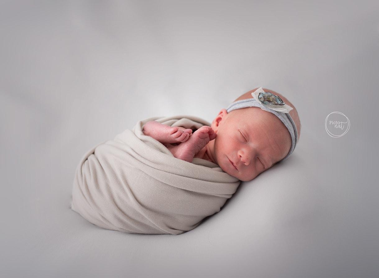 Pictonat_Newborn_0530_0167-WEB