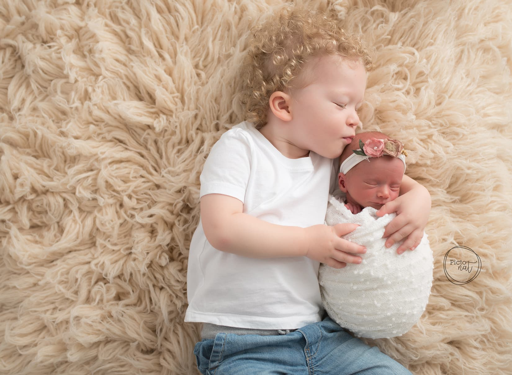 Newborn portraits Pictonat Photography