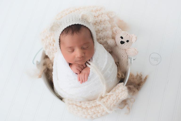 Pictonat Photography - Newborn